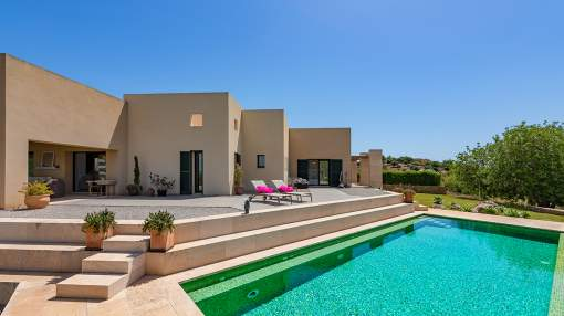 Exclusive hilltop finca for sale in Son Macia, Mallorca