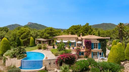 Country home with sea views for sale in Vall d´Or, Felanitx, Mallorca