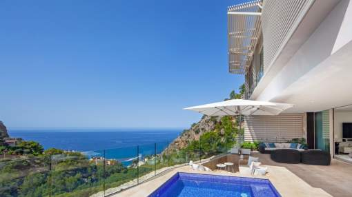 Luxurious modern villa for sale in Puerto Andratx, Mallorca