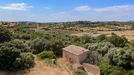 Large finca to reform, for sale in Sant Llorenç, Mallorca