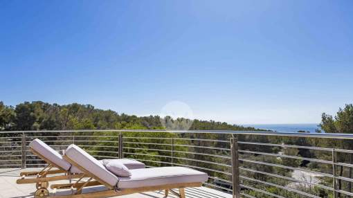 Villa with sea views for sale in Cala Vinyes, Mallorca