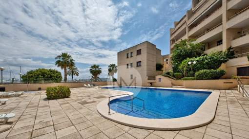 Apartment with sea views for rent in Can Barbarà, Harbourside, Palma.