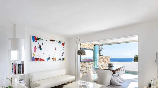 Townhouse with open views to the sea and Formentera for short term rent - Roca Llisa