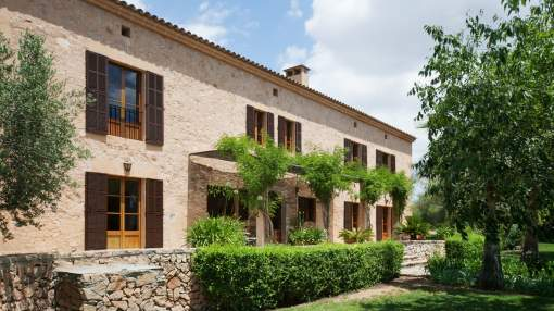 Traditional Mallorcan Country Manor in Cas Concos