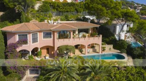 Villa with stunning views from every floor towards the Mediterranean Sea
