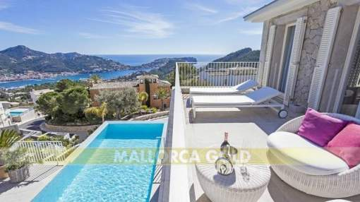 Luxurious villa with sea views in Monport