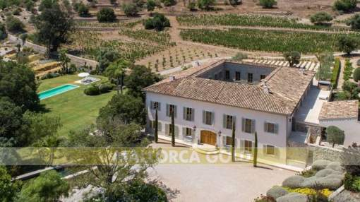 Authentic Mallorcan mansion in unspoilt environment with panoramic countryside views