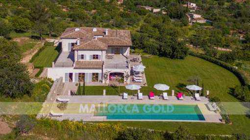 Luxury finca in Santa Maria with fantastic 270 degrees view over the island to the Bay of Palma