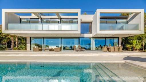 Modern, luxurious newly-built villa with sea views in Ca's Catala
