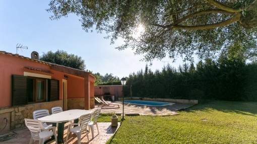 Well-maintained holiday domicile near Pollensa with pool and lovely garden near Pollensa
