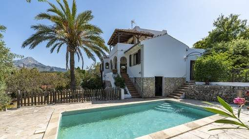 Wonderful house with pool in Es Capdella