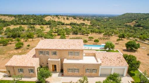 Newly-built, dream finca with sea views and modern architecture with rustic details near Sant Llorenc