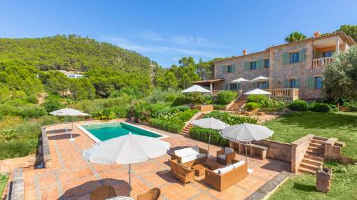Magnificent Mediterranean country house with fantastic panoramic views